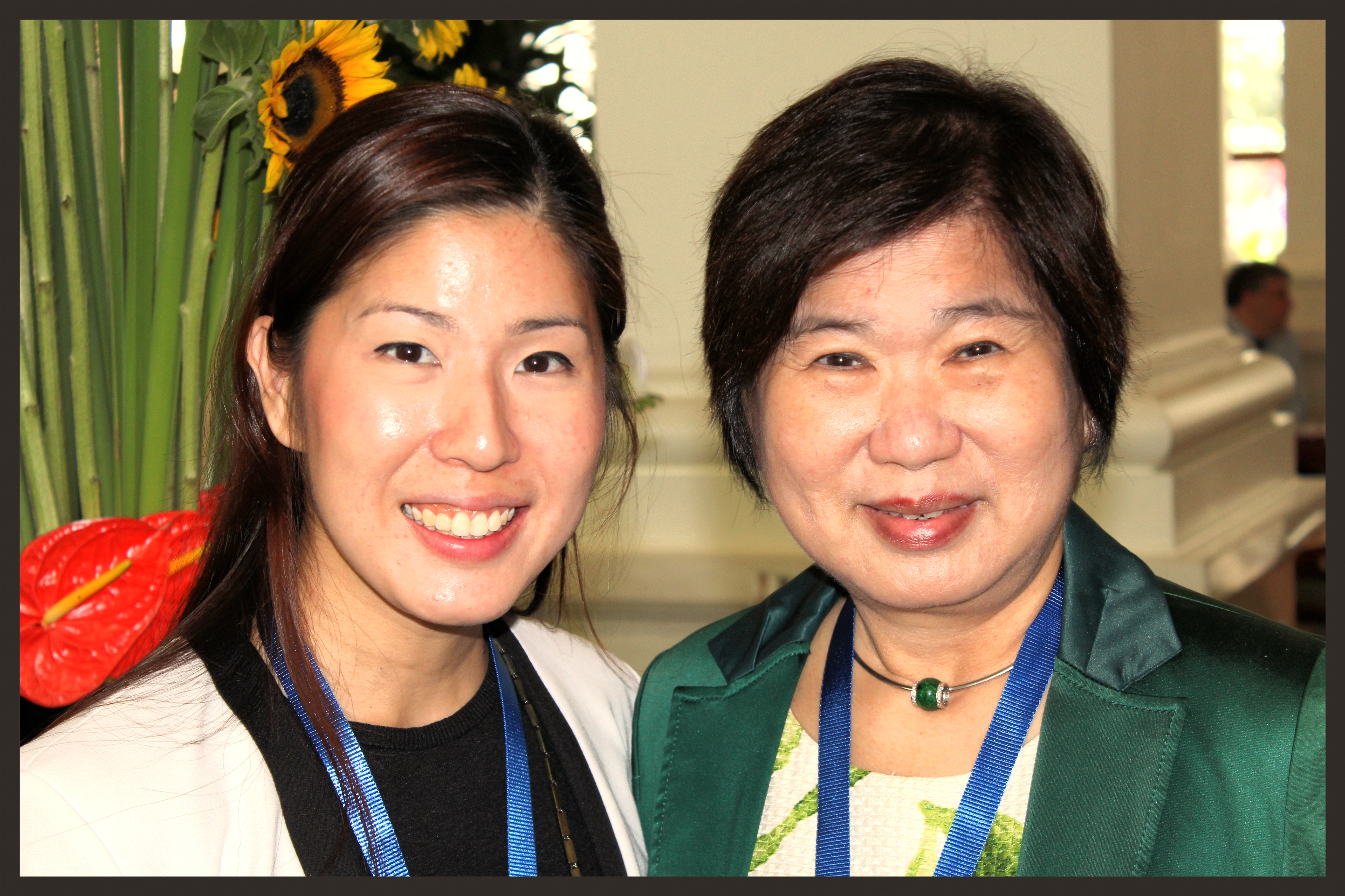 Jane_Lim_and_Lim_De_Min_in_Singapore-286529-edited