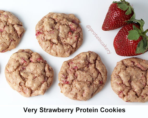 very strawberrry protein cookies5.jpg